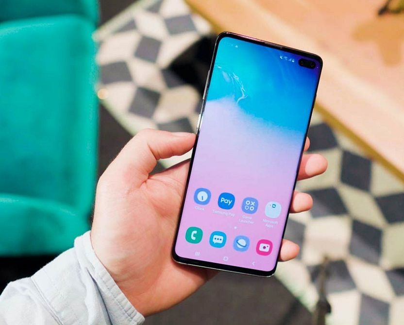 Samsung Galaxy S10 frontal